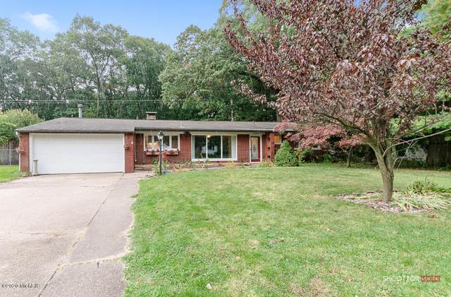 1856 Spencer Drive, Norton Shores, MI 49441 (MLS #20040787) :: JH Realty Partners