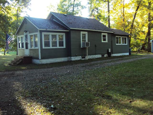 9630 Woodlawn Drive, Portage, MI 49002 (MLS #20040805) :: Ginger Baxter Group