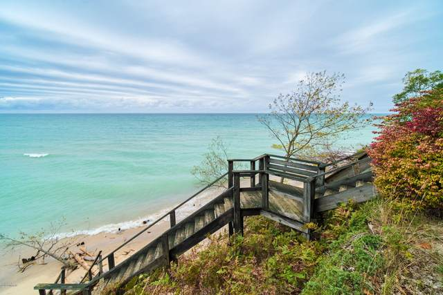 4152 Lakeshore Road V/L, Manistee, MI 49660 (MLS #20040829) :: Deb Stevenson Group - Greenridge Realty