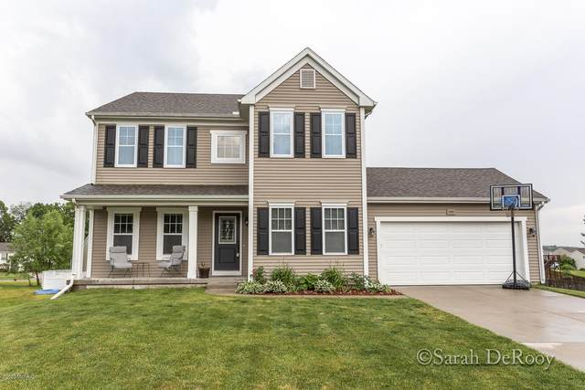1650 Classic Court, Lowell, MI 49331 (MLS #20040892) :: Ginger Baxter Group