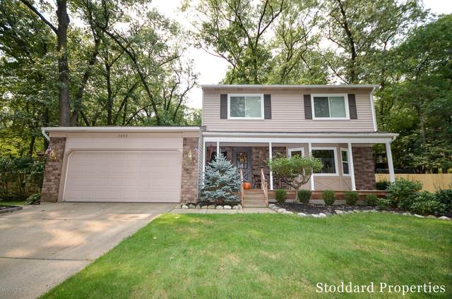 3055 Howlett Drive SE, Ada, MI 49301 (MLS #20040935) :: Ginger Baxter Group