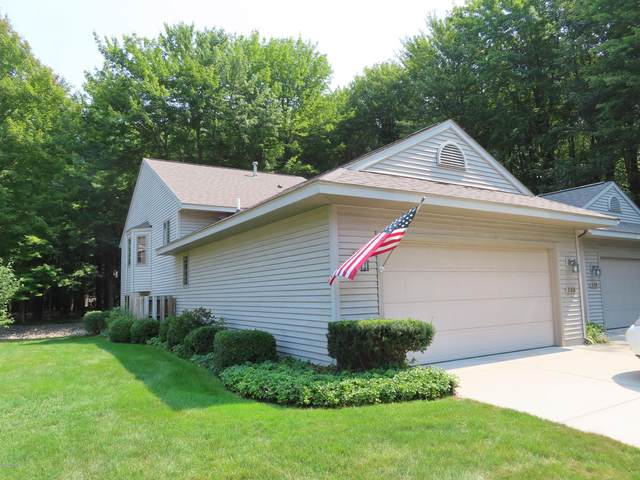 538 Tournament Circle, Norton Shores, MI 49444 (MLS #20041023) :: JH Realty Partners