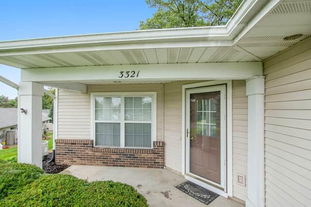 3321 Clear Vista Court NE #21, Grand Rapids, MI 49525 (MLS #20041125) :: Ginger Baxter Group