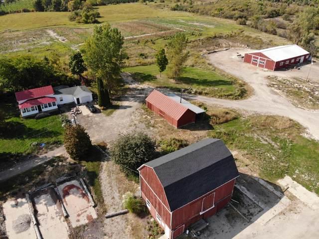 12745 4 Mile Road NE, Lowell, MI 49331 (MLS #20041219) :: Deb Stevenson Group - Greenridge Realty