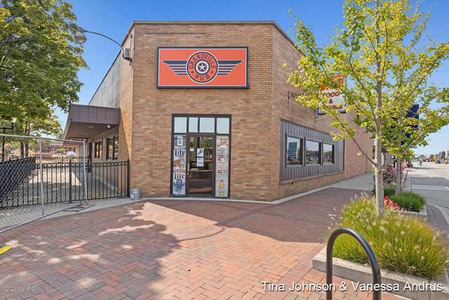 4050 Chicago Drive SW, Grandville, MI 49418 (MLS #20041366) :: JH Realty Partners