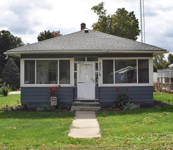 22319 Forest Avenue, Cassopolis, MI 49031 (MLS #20041440) :: Keller Williams RiverTown