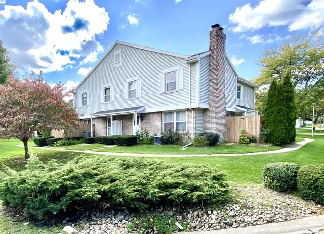 2572 Cherrywood Court, St. Joseph, MI 49085 (MLS #20041503) :: Keller Williams RiverTown
