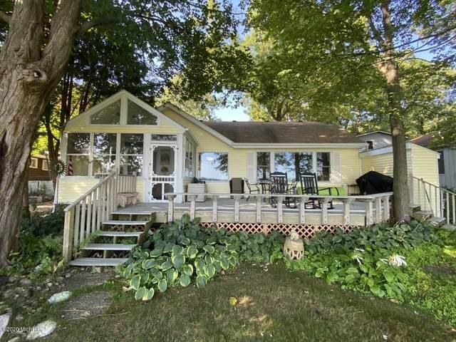 1600 Burlington Drive, Hickory Corners, MI 49060 (MLS #20041504) :: Keller Williams RiverTown