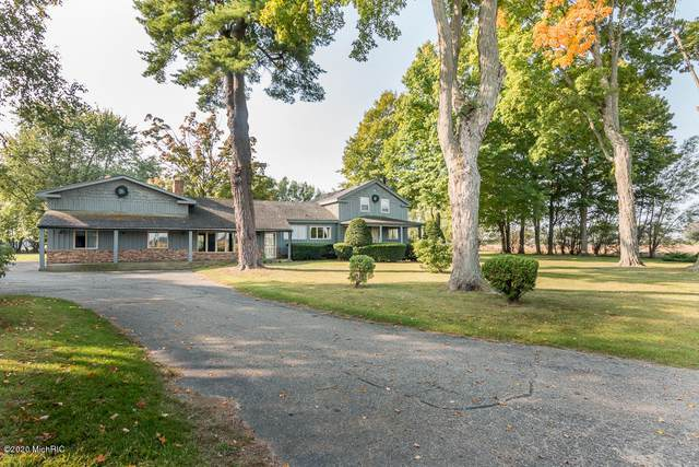 59379 Territorial Road, Decatur, MI 49045 (MLS #20041546) :: Deb Stevenson Group - Greenridge Realty