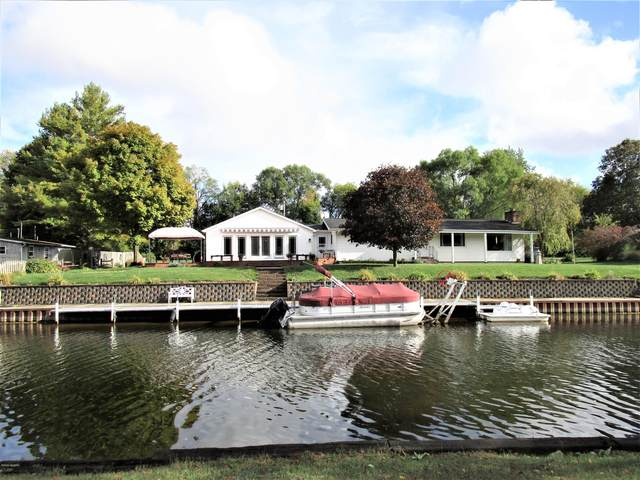 734 E Channel Dr. Drive, Coldwater, MI 49036 (MLS #20041564) :: Jennifer Lane-Alwan