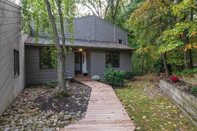 9763 Springwood Drive, Kalamazoo, MI 49009 (MLS #20041616) :: CENTURY 21 C. Howard