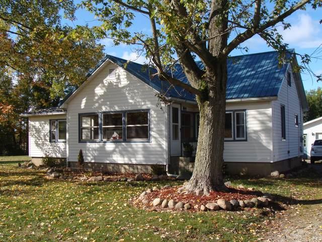 688 W Central Road, Bronson, MI 49028 (MLS #20041659) :: Keller Williams RiverTown