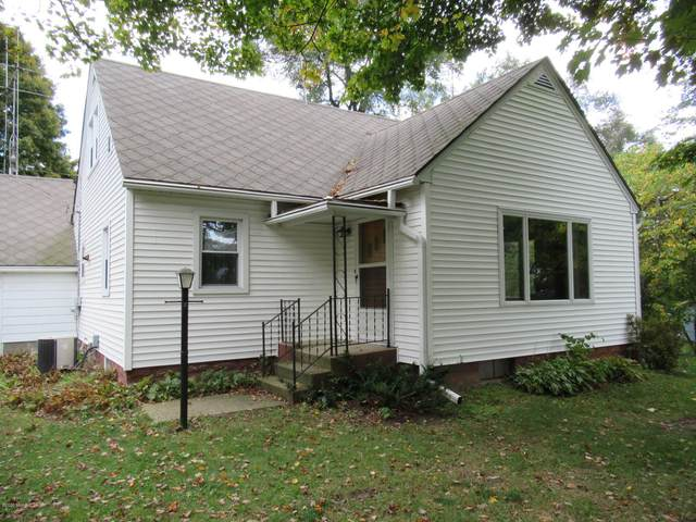 3069 Dumont Road, Allegan, MI 49010 (MLS #20041804) :: Deb Stevenson Group - Greenridge Realty