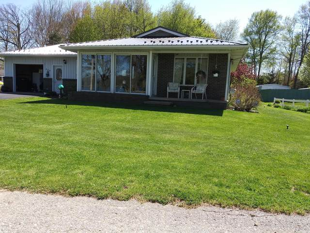 284 Woodlawn Drive, Stanton, MI 48888 (MLS #20042160) :: Keller Williams RiverTown