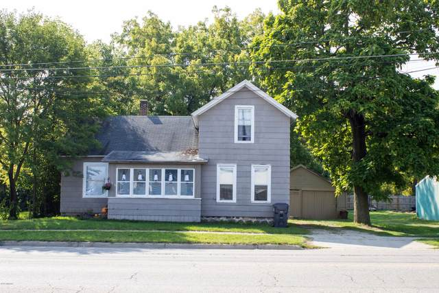 105 W Prairie Ronde Street, Dowagiac, MI 49047 (MLS #20042284) :: Keller Williams RiverTown