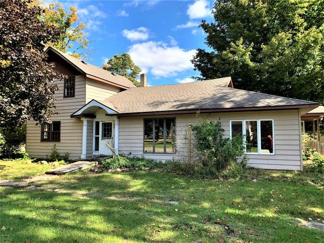 284 N Burney Street, Marcellus, MI 49067 (MLS #20042607) :: Keller Williams RiverTown