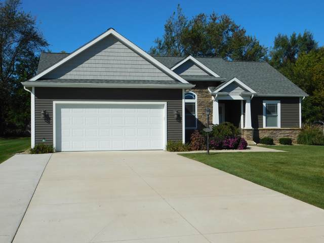 69236 Sundance Drive, Edwardsburg, MI 49112 (MLS #20042876) :: Keller Williams RiverTown