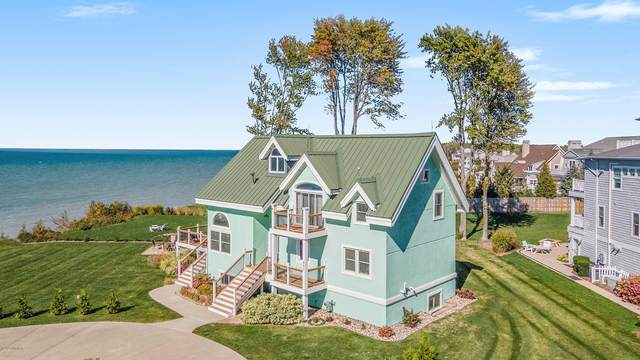 653 Lakeshore Drive, South Haven, MI 49090 (MLS #20042881) :: Keller Williams RiverTown