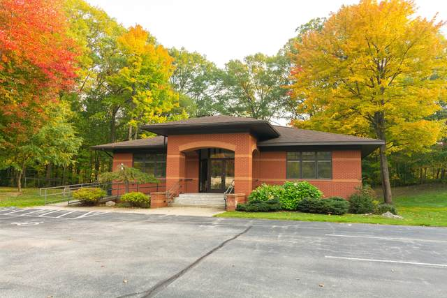 5793 W Johnson Road, Ludington, MI 49431 (MLS #20042923) :: Deb Stevenson Group - Greenridge Realty
