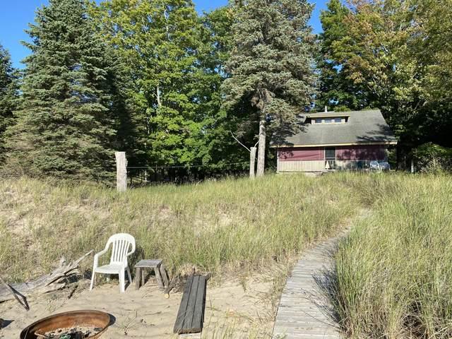 12614 Lakeview Road, Bear Lake, MI 49614 (MLS #20043235) :: Jennifer Lane-Alwan