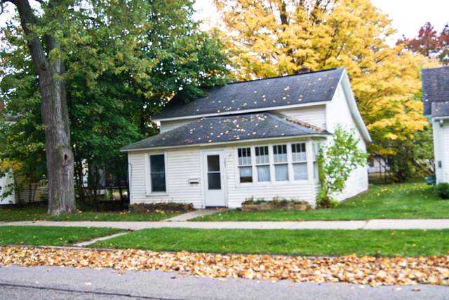 207 2nd Avenue, Big Rapids, MI 49307 (MLS #20043334) :: Keller Williams RiverTown