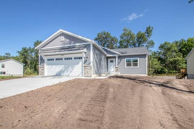 2647 Eagle Ridge, Muskegon, MI 49444 (MLS #20043357) :: Keller Williams RiverTown