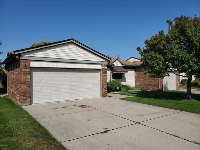 11915 Ina Drive, Sterling Heights, MI 48312 (MLS #20043458) :: CENTURY 21 C. Howard