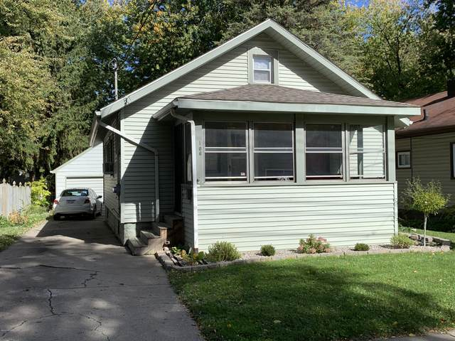 106 W Dwight Street, Lansing, MI 48906 (MLS #20043652) :: Jennifer Lane-Alwan