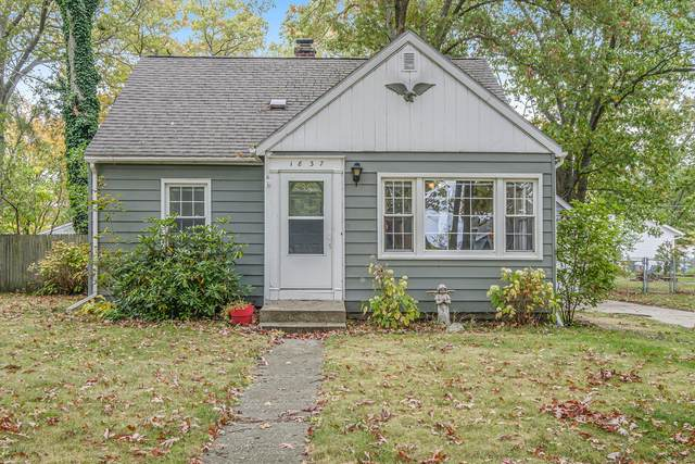 1837 Cedar Avenue, Muskegon, MI 49445 (MLS #20043766) :: Keller Williams RiverTown
