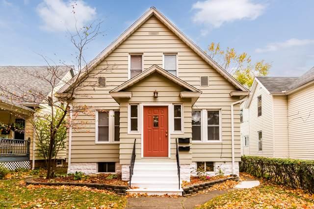 1009 Michigan Avenue, St. Joseph, MI 49085 (MLS #20043797) :: CENTURY 21 C. Howard