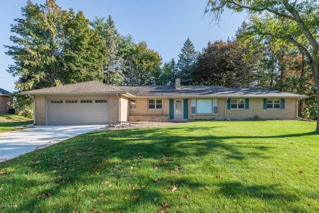 5211 Ridgebrook Drive, Portage, MI 49002 (MLS #20043864) :: CENTURY 21 C. Howard