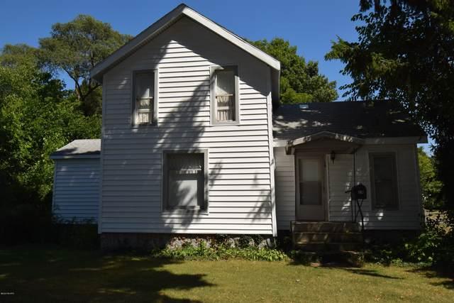 19 S Haver Street, Hartford, MI 49057 (MLS #20043917) :: Keller Williams RiverTown