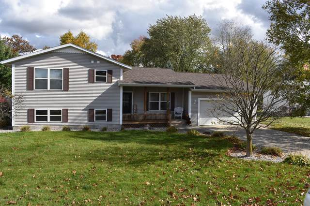 1286 Woodcrest Street, Muskegon, MI 49442 (MLS #20043955) :: Keller Williams RiverTown