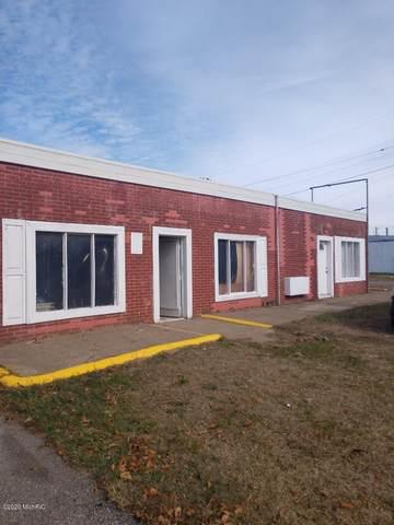 2063 Red Arrow Highway, Benton Harbor, MI 49022 (MLS #20044030) :: Jennifer Lane-Alwan