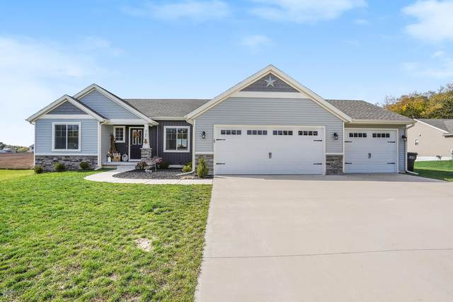 3134 Sugar Creek Drive, Middleville, MI 49333 (MLS #20044181) :: Keller Williams RiverTown