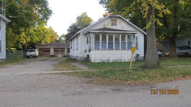 16 W Bernard, Hartford, MI 49057 (MLS #20044221) :: Keller Williams RiverTown