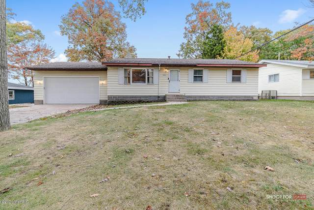 1804 Bonneville Drive, Norton Shores, MI 49441 (MLS #20044226) :: JH Realty Partners