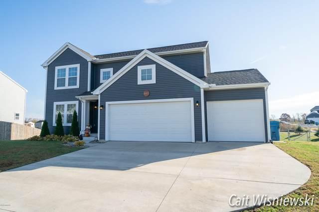 442 Oak Meadow Drive, Middleville, MI 49333 (MLS #20044289) :: Jennifer Lane-Alwan