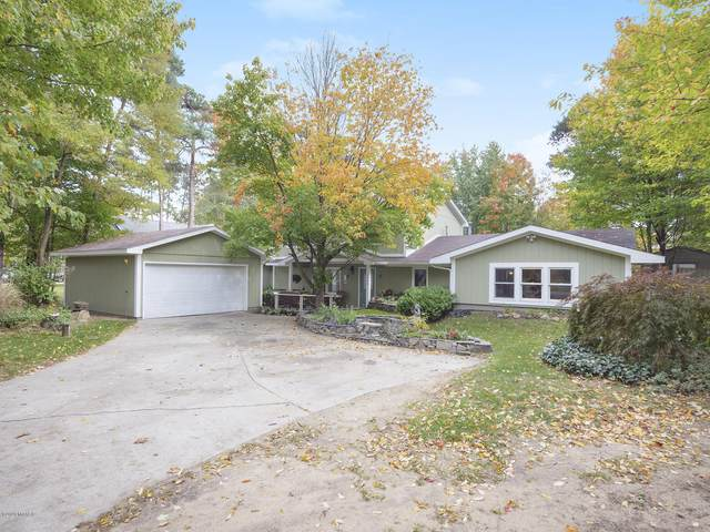 15446 Timmy Drive, Grand Haven, MI 49417 (MLS #20044613) :: Keller Williams RiverTown