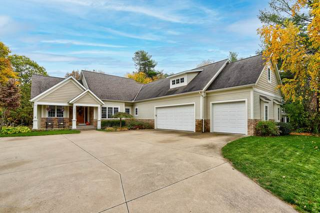 14591 Powderhorn Trail, Holland, MI 49424 (MLS #20044790) :: Keller Williams RiverTown