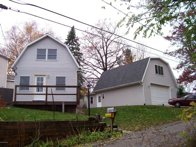 11963 Camp Lake Drive NE, Sparta, MI 49345 (MLS #20044857) :: Jennifer Lane-Alwan
