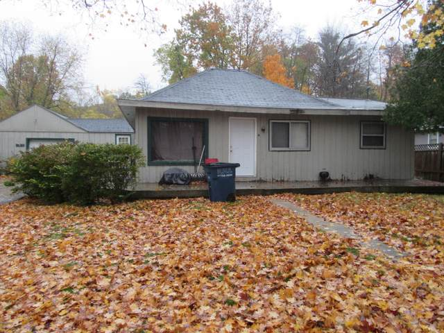 3130 W Fruitport Road, Fruitport, MI 49415 (MLS #20044887) :: Jennifer Lane-Alwan