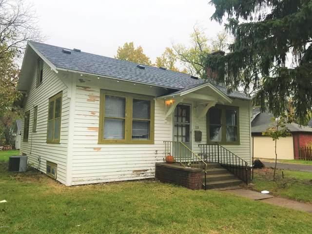 125 Parker Avenue, Benton Harbor, MI 49022 (MLS #20044893) :: Deb Stevenson Group - Greenridge Realty