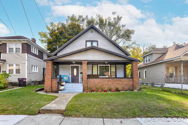 610 Dickinson Street SE, Grand Rapids, MI 49507 (MLS #20044904) :: Keller Williams Realty | Kalamazoo Market Center