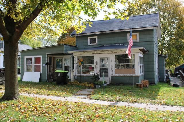 211 E Coffren Avenue, Greenville, MI 48838 (MLS #20044918) :: Jennifer Lane-Alwan