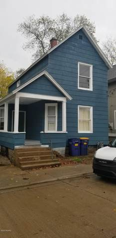 311 Robey Place SE, Grand Rapids, MI 49506 (MLS #20044961) :: Keller Williams RiverTown