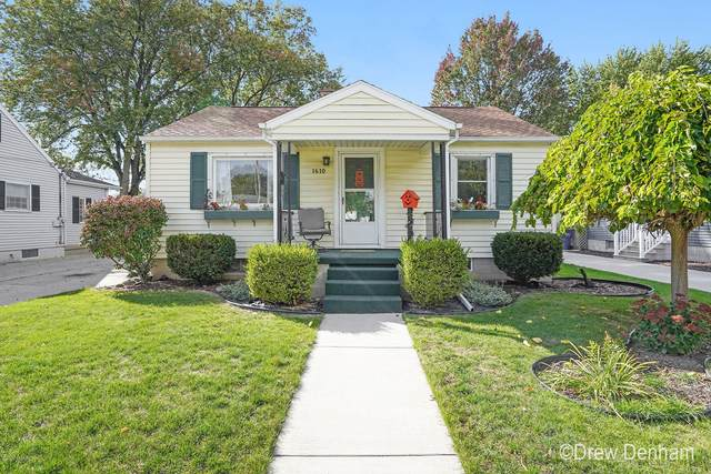 1610 S Farragut Street, Bay City, MI 48708 (MLS #20044967) :: Jennifer Lane-Alwan