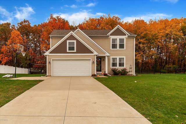 69715 Fox Crossing, Edwardsburg, MI 49112 (MLS #20044998) :: Keller Williams RiverTown