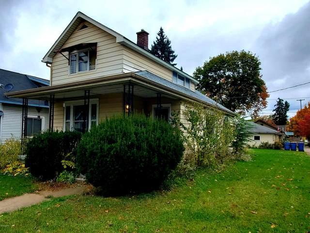 37 Dean Street NE, Grand Rapids, MI 49505 (MLS #20045078) :: Ginger Baxter Group