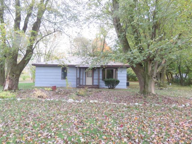 70805 M-62, Edwardsburg, MI 49112 (MLS #20045390) :: Keller Williams RiverTown